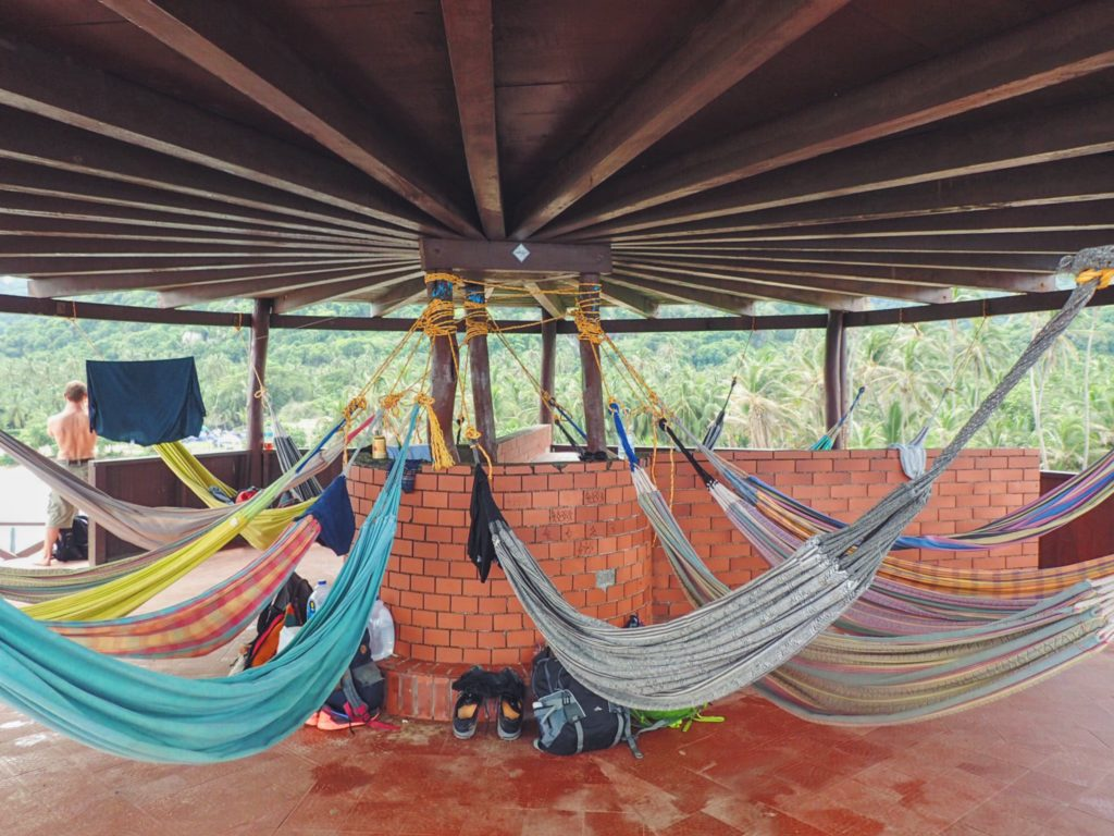 Hammock instead of a bed -  Serious Question Who In Their Right Mind Wouldn T Take The Rock Hammocks